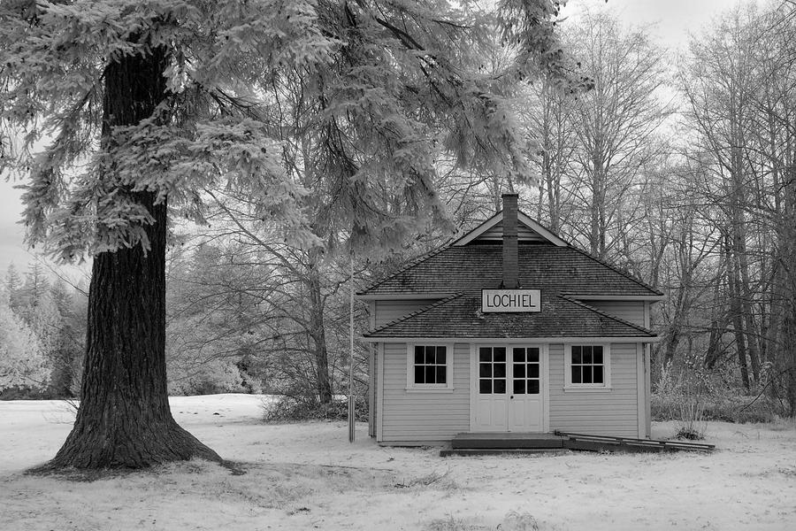 Lochiel School House Photograph