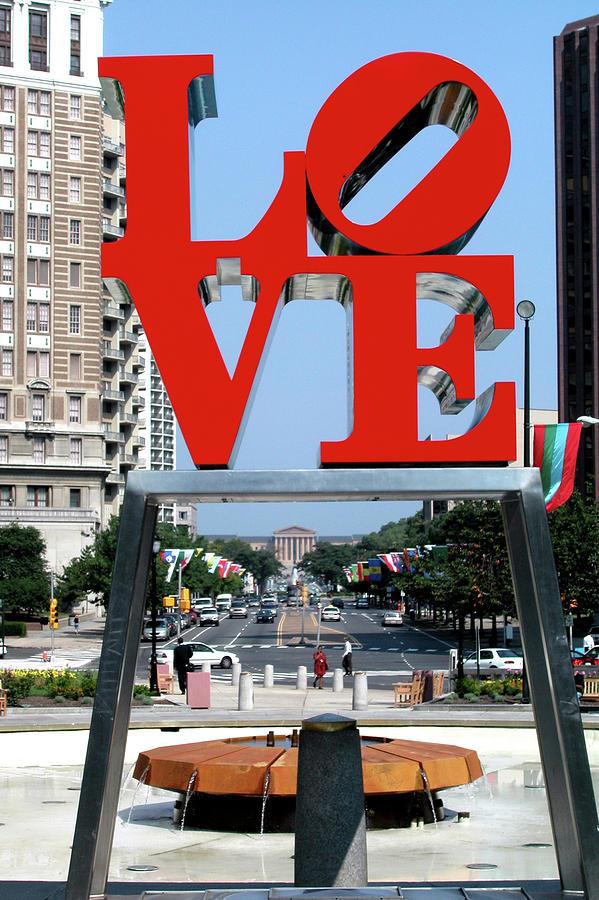 Love Sculpture In Philadelphia Sculpture