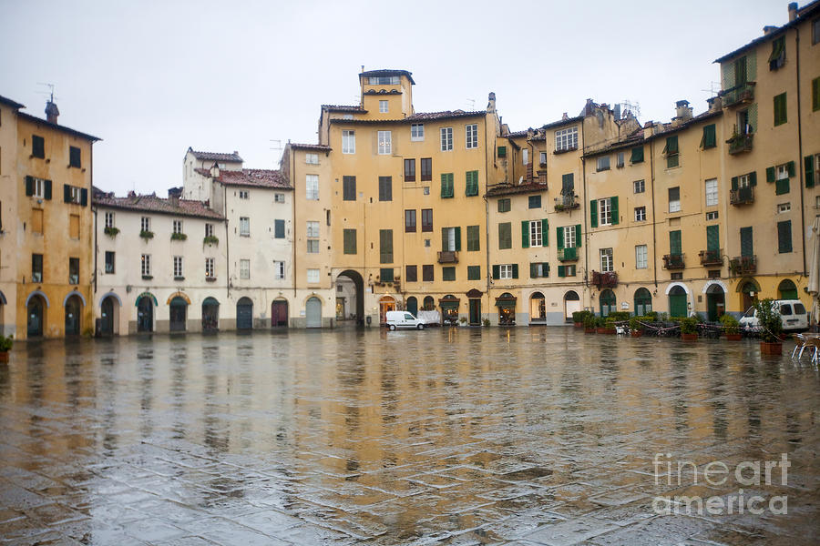 Lucca Photograph