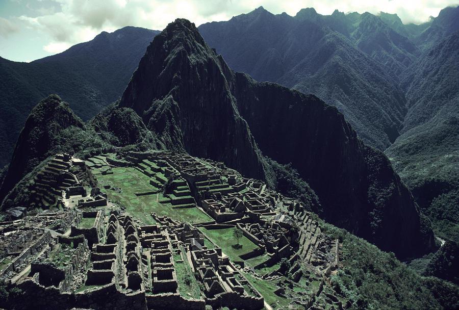Machu Picchu, A Pre-columian Inca Ruin Photograph