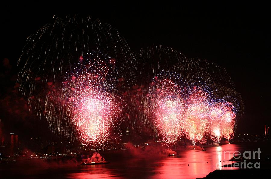New York City Photograph - Macys Fireworks On The Hudson by Living Color Photography Lorraine Lynch
