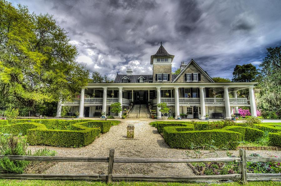 Magnolia Plantation Home By Drew Castelhano