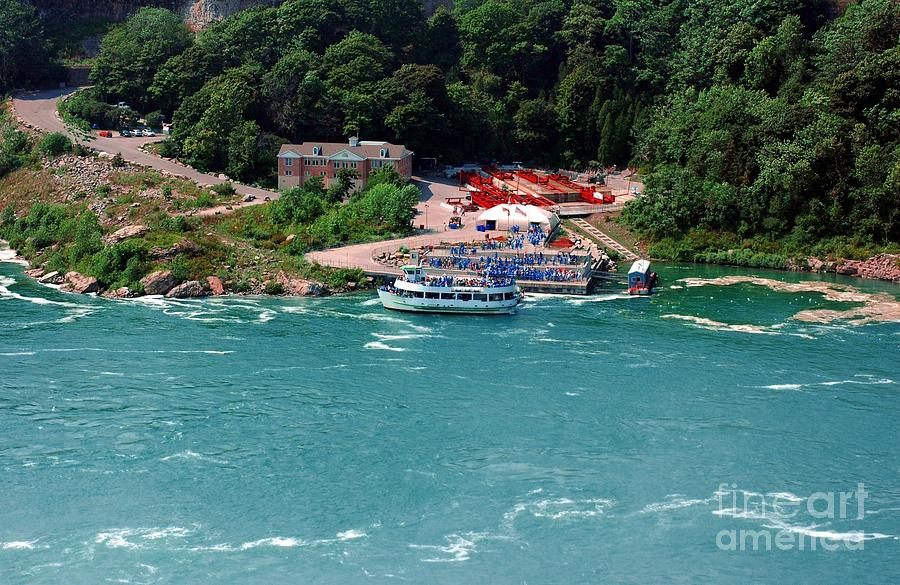 Maid Of The Mist Photograph