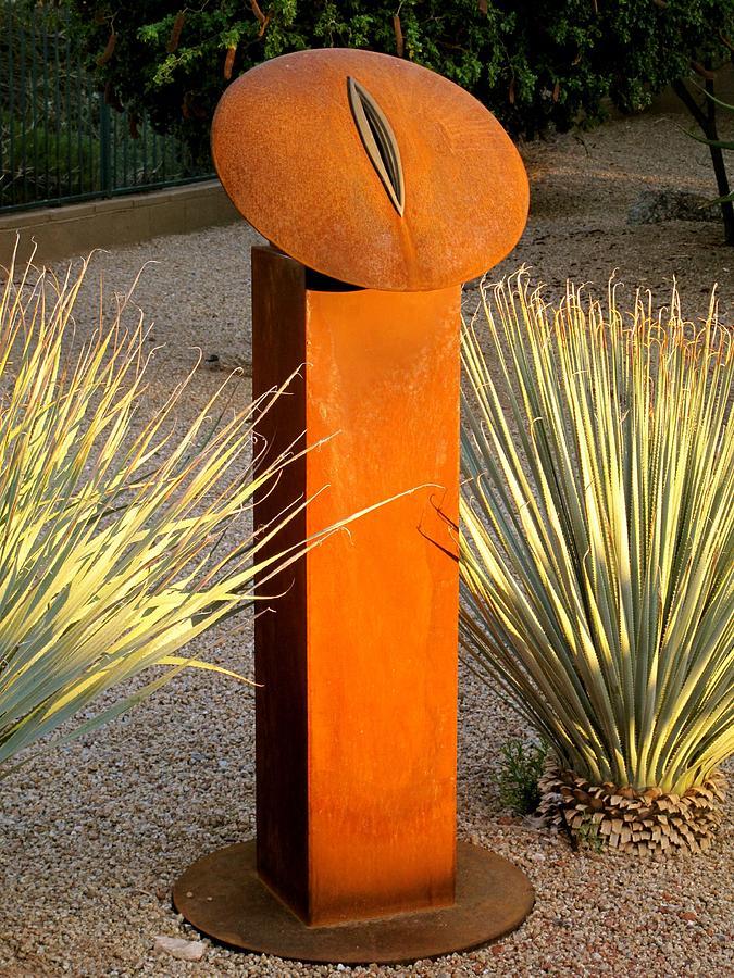 Mandorla Sculpture