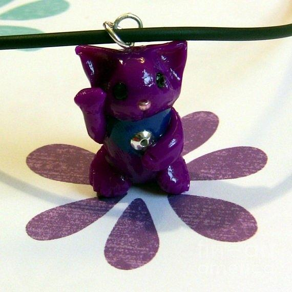 Maneki Neko Lucky Beckoning Cat Necklace In Violet Purple Jewelry