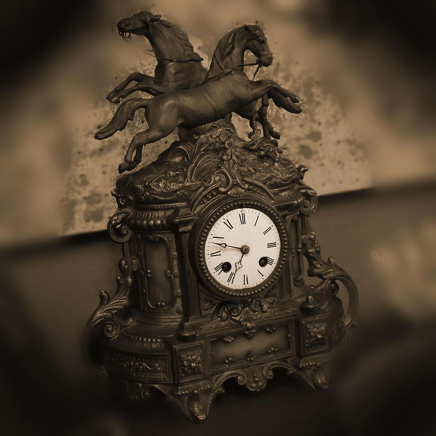 Mantel Clock Photograph