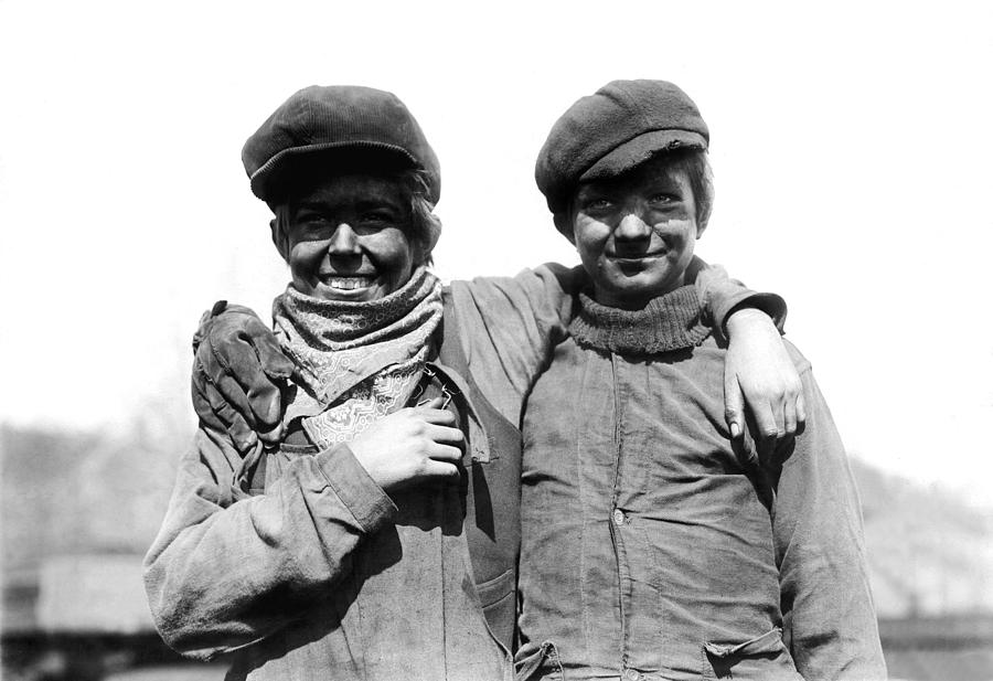 http://images.fineartamerica.com/images-medium-large/march-191912typical-breaker-boys-everett.jpg
