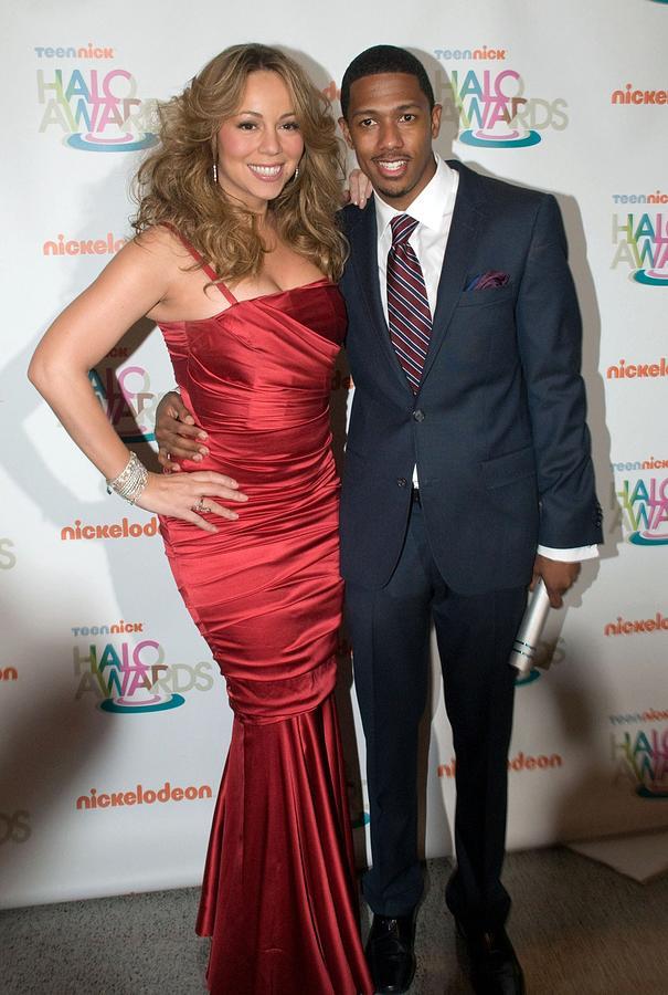 Mariah Carey, Nick Cannon At A Public Photograph