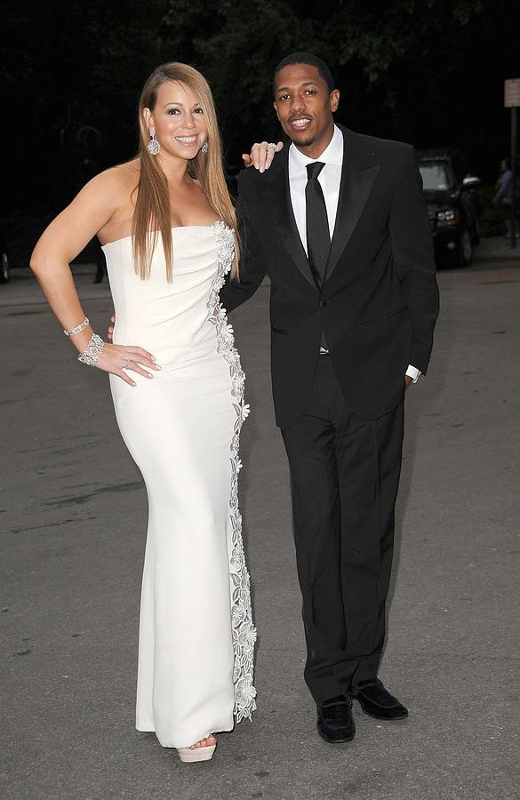 Mariah Carey Wearing A Georges Chakra Photograph