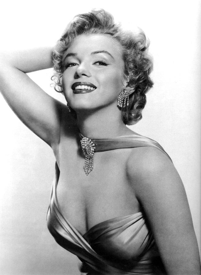 1950s Fashion Photograph - Marilyn Monroe, Circa 1950s by Everett