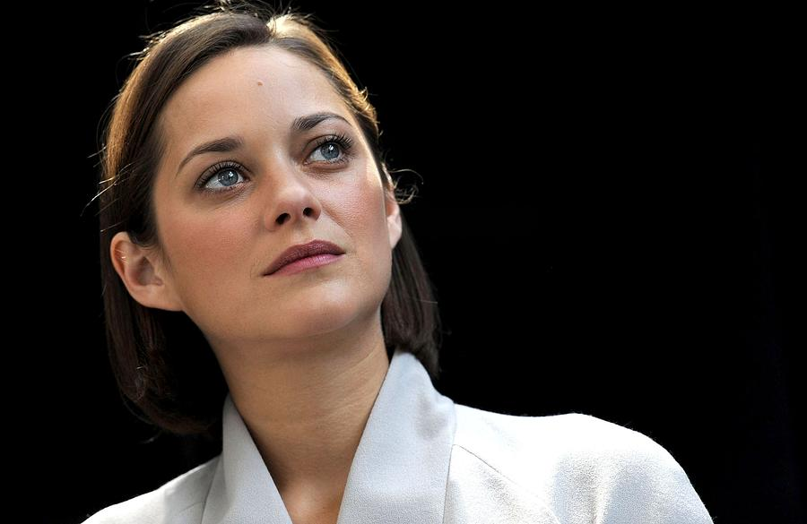 Marion Cotillard At Arrivals For Bike Photograph