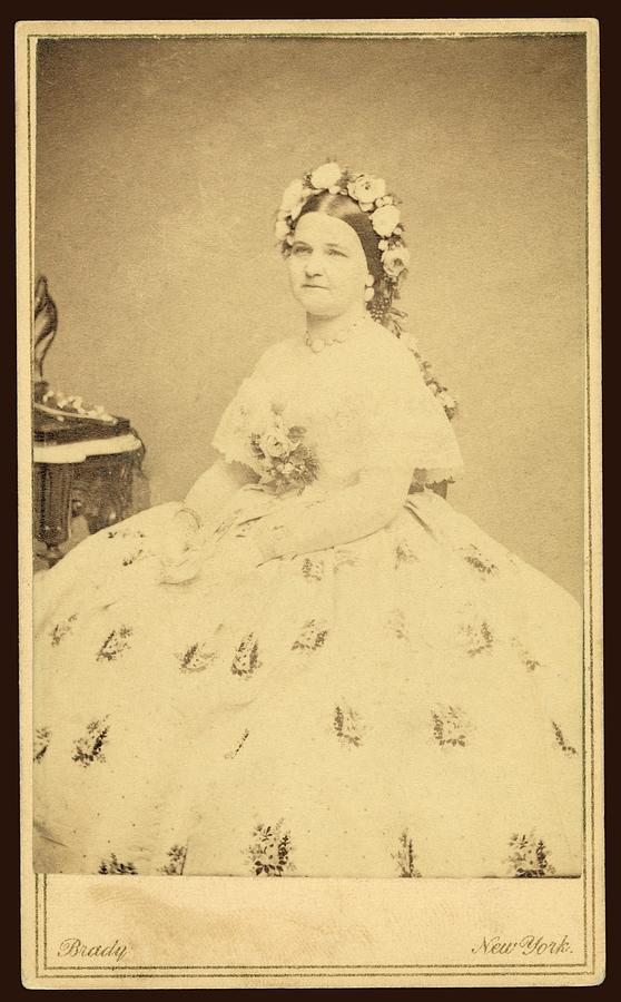 Mary Todd Lincoln 1818-1882 Photograph  - Mary Todd Lincoln 1818-1882 Fine Art Print