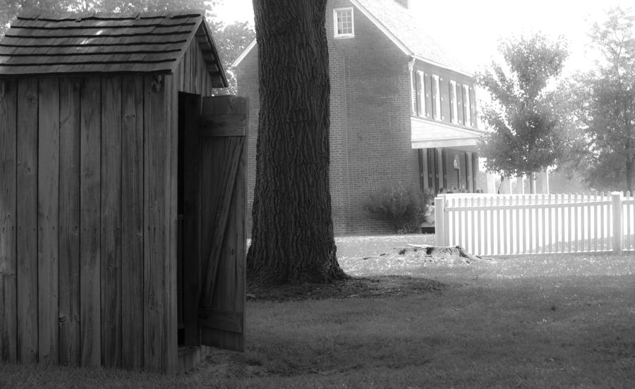 Appomattox Photograph - Meeks Outhouse by Teresa Mucha