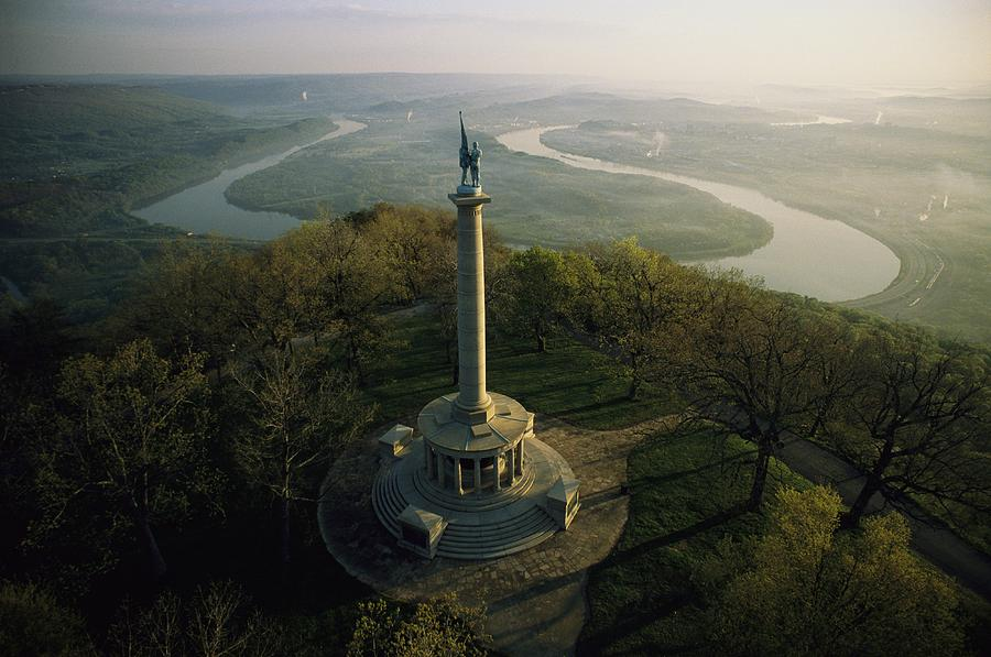 Memorial To The Battle Of Chattanooga Photograph