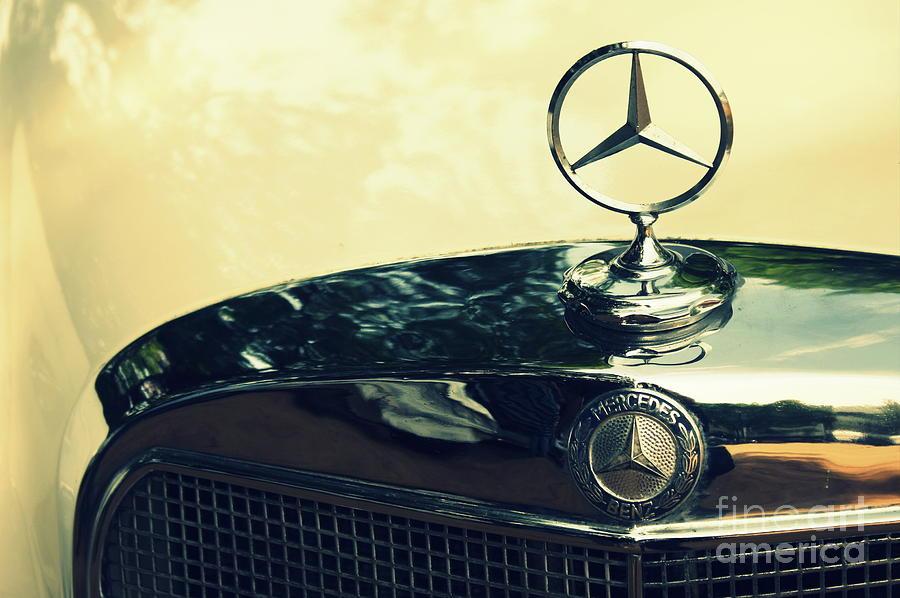 Mercedes benz vintage photograph by vishakha bhagat for Vintage mercedes benz posters