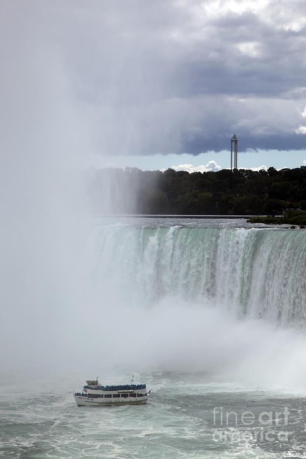 Niagara Photograph - Misty by Amanda Barcon