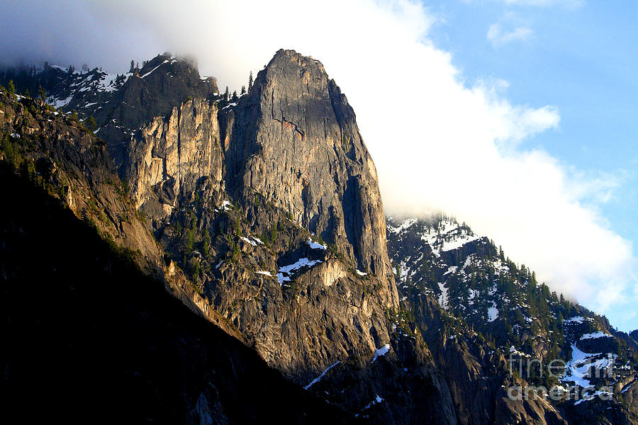 Mountains Of Yosemite . 7d6167 Photograph
