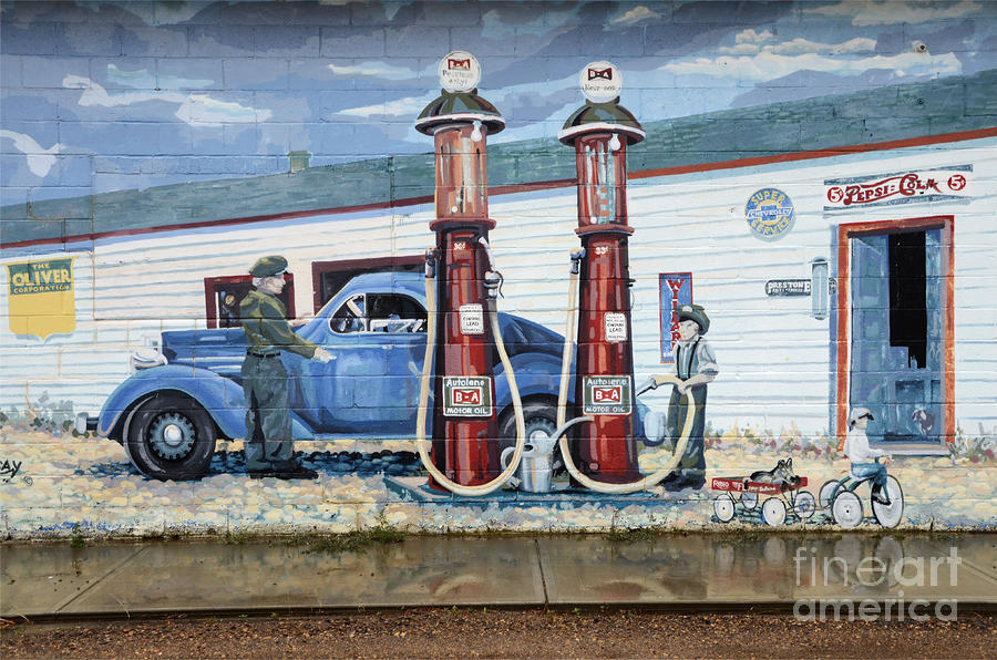 Mural Art At Consul Photograph
