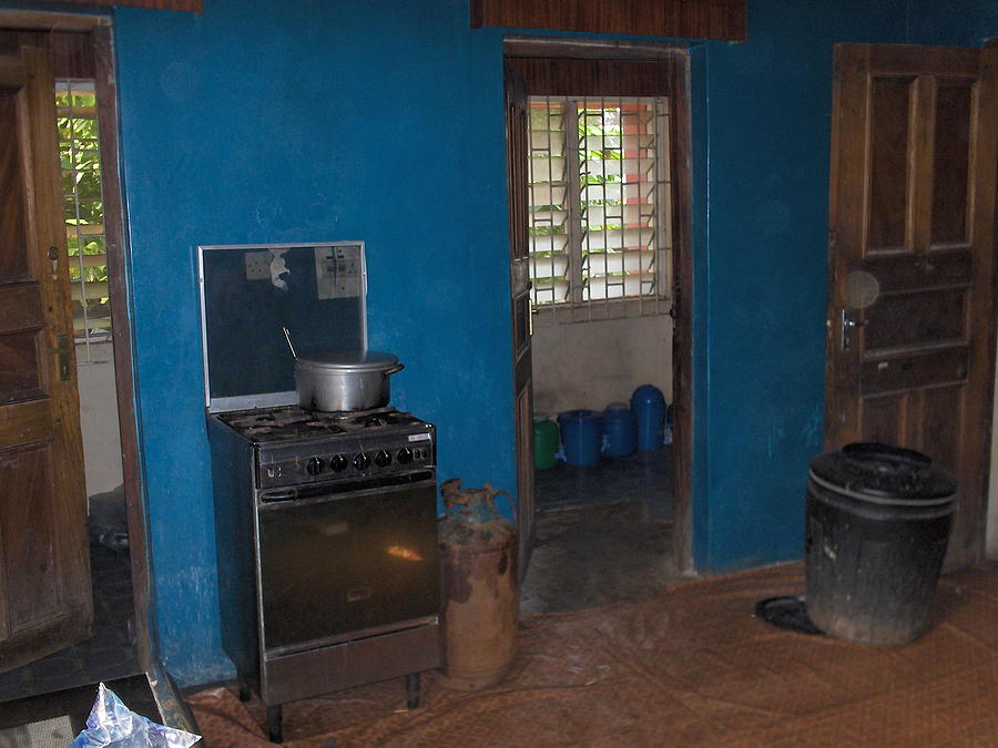 Nigerian kitchen photograph by amy hosp for Kitchen designs in nigeria