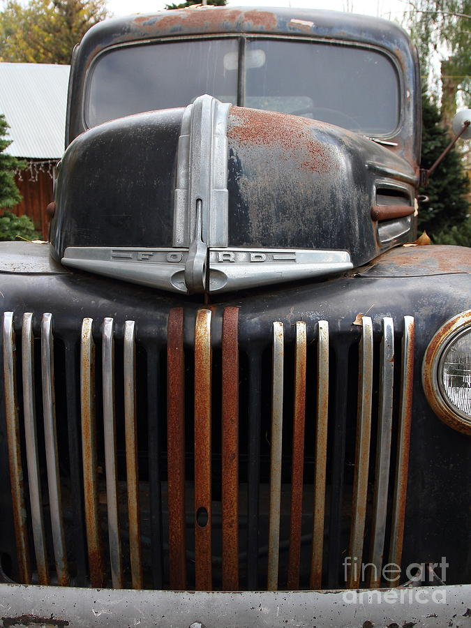 Nostalgic Rusty Old Ford Truck . 7d10281 Photograph