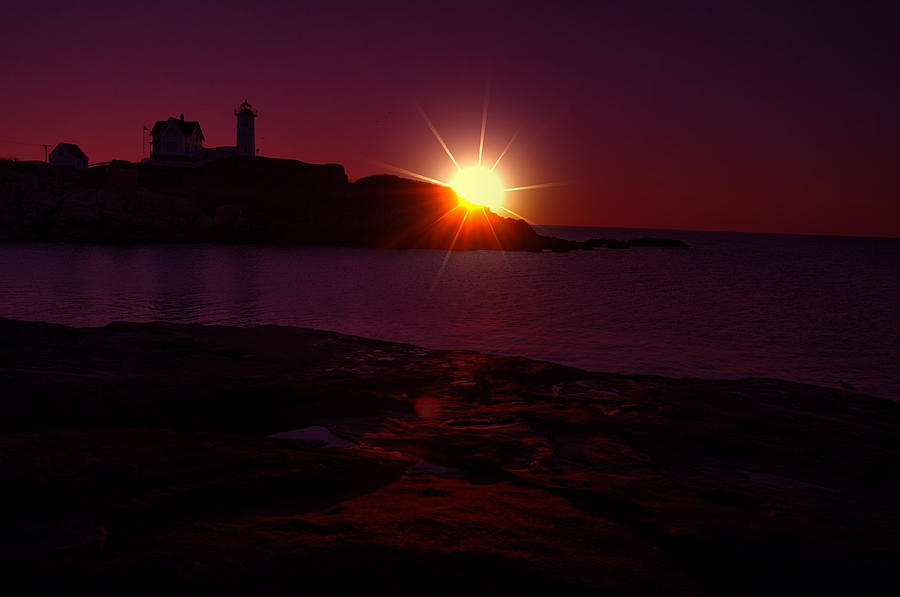 Nubble Arise Photograph