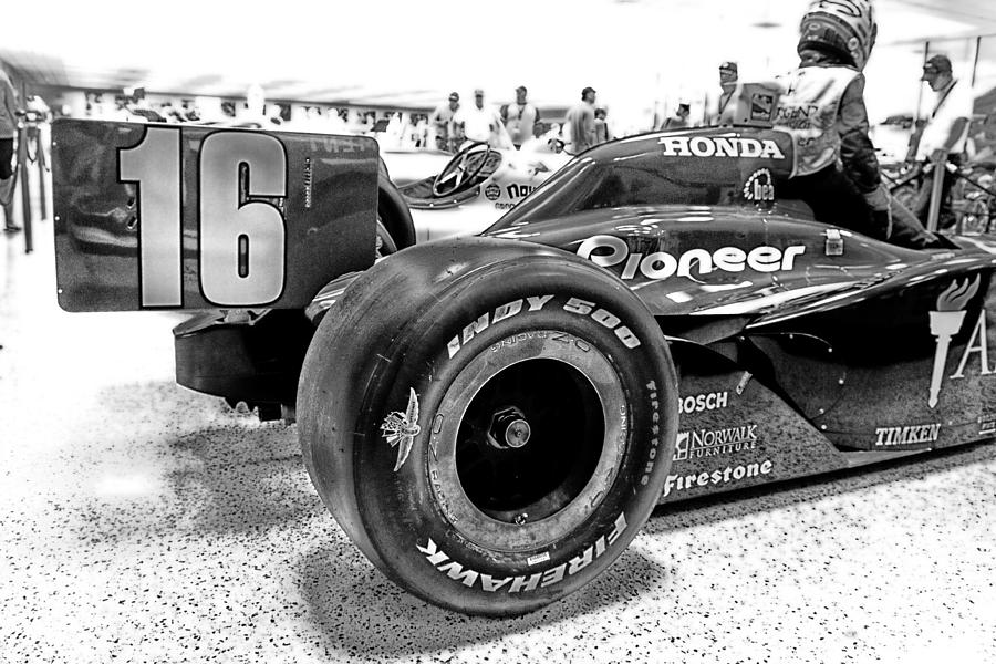 Number 16 Indy Photograph