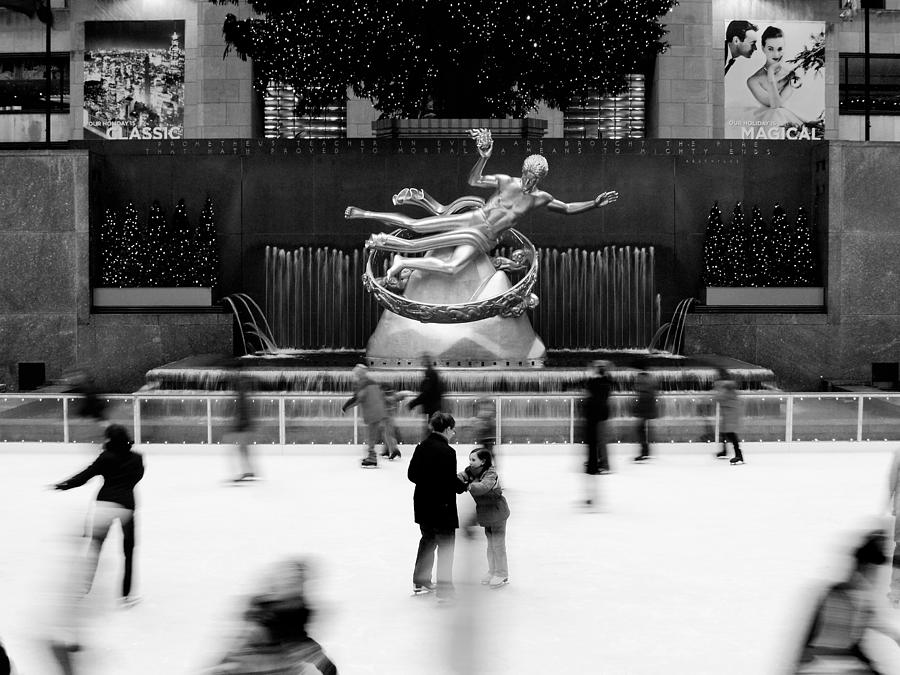 Nyc Rockefellar Iceskating Photograph