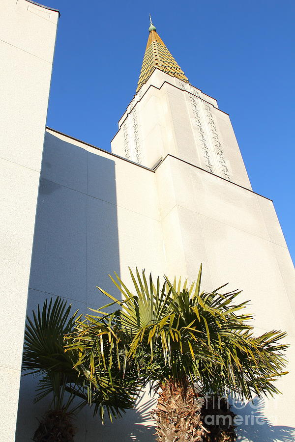 Oakland California Temple . The Church Of Jesus Christ Of Latter-day Saints . 7d11352 Photograph