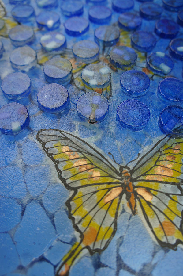 Obscure- Detail Close-up Sideview Glass Art