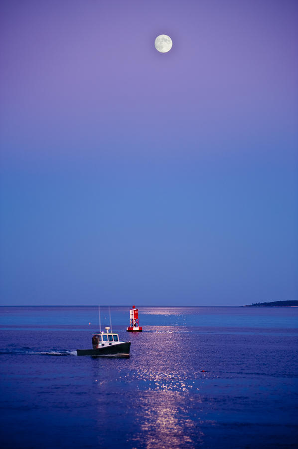 Ocean Moonrise Photograph