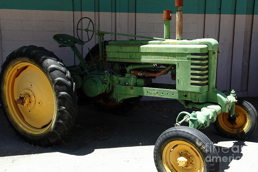 Old Farm Tractor . 5d16614 Photograph