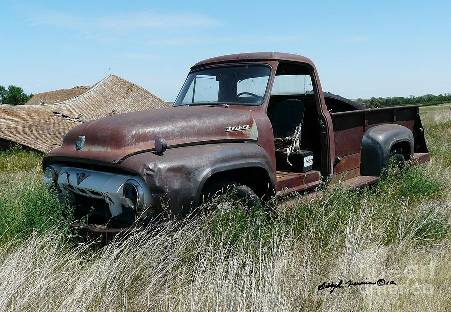 Old Rusty Ford 350 Truck Photograph by Bobbylee Farrier