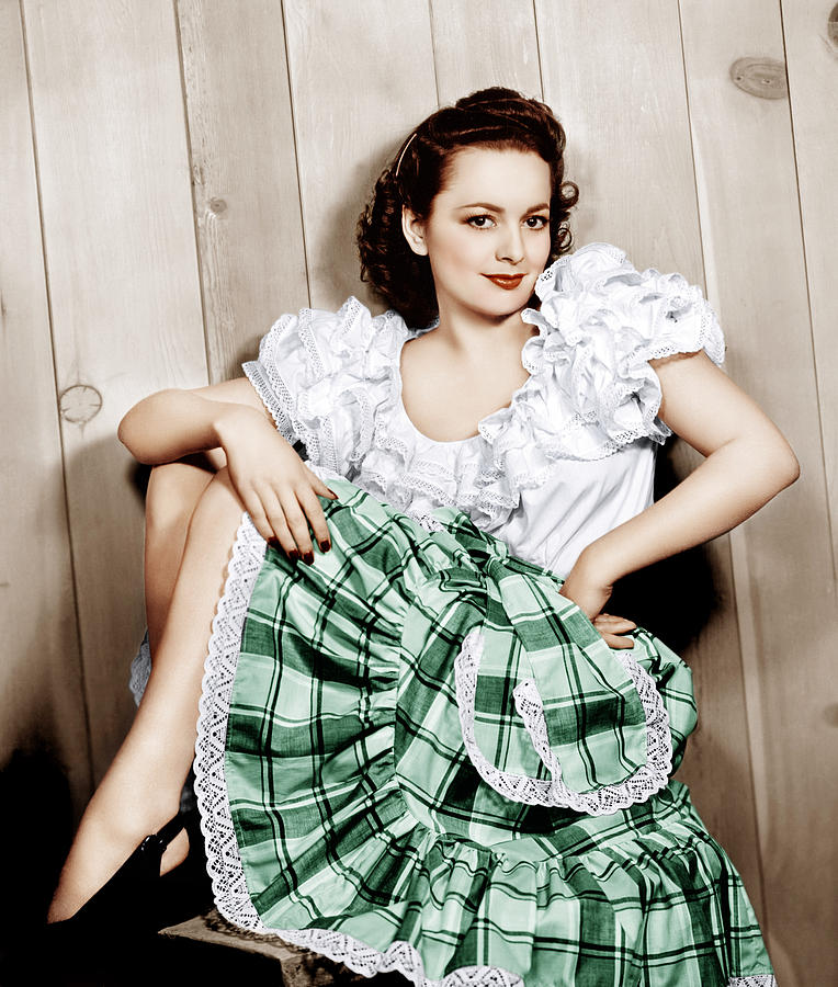 1940s Portraits Photograph - Olivia De Havilland, Ca. 1948 by Everett