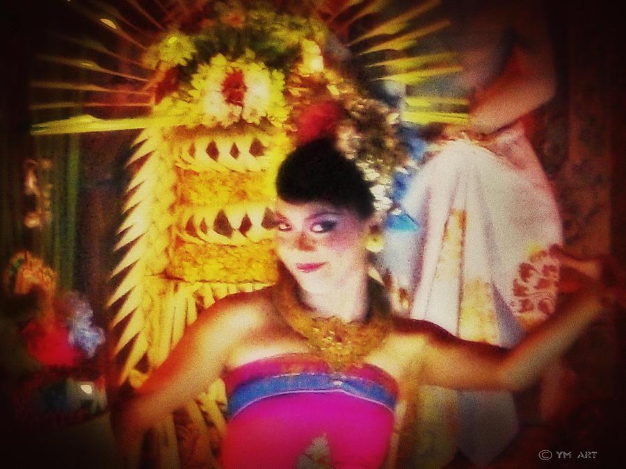 Oriental Digital Art - Oriental Dancing Girl  by Yvon van der Wijk