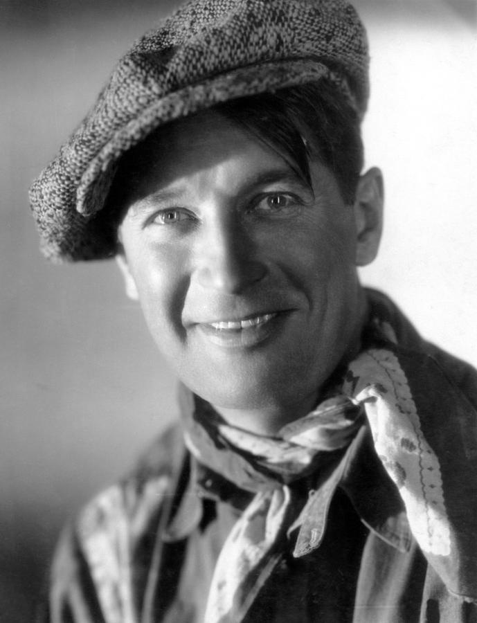 1930 Movies Photograph - Paramount On Parade, Maurice Chevalier by Everett