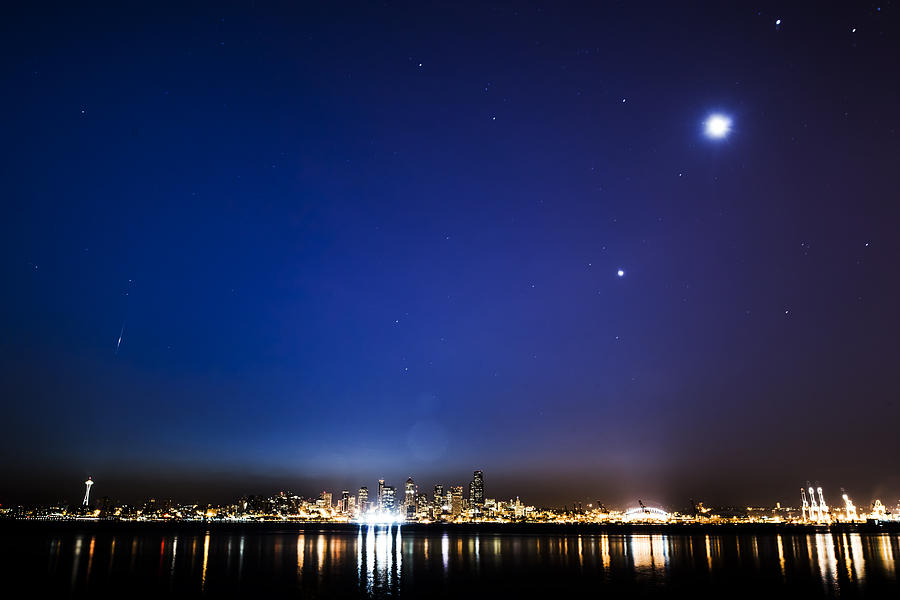 Perseid Meteor In Seattle Photograph