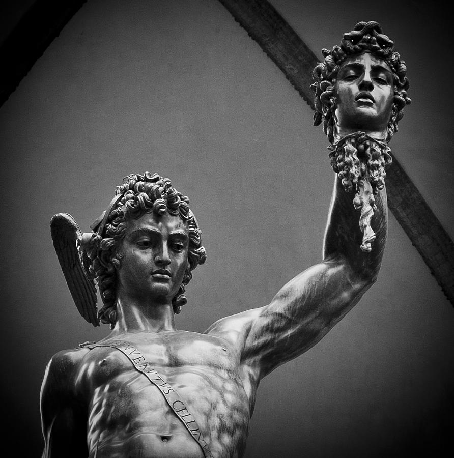 2504 Best Sciences Fictions Anticipations Futuristiques: Perseus With The Head Of Medusa By Brian Minnis