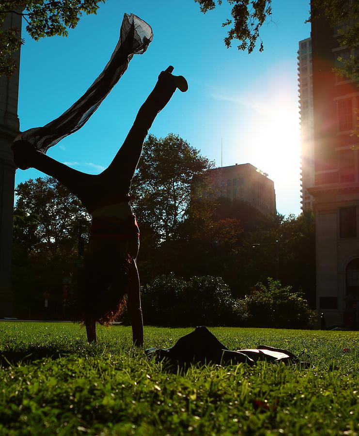 Playing With The Sun - Philadelphia - Pensilvania - Sunset Photograph