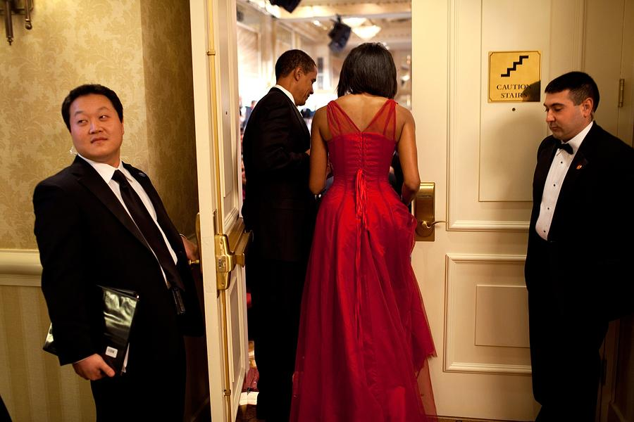 President And Michelle Obama Make Photograph