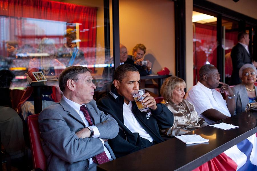 President Barack Obama Watches The 2009 Photograph