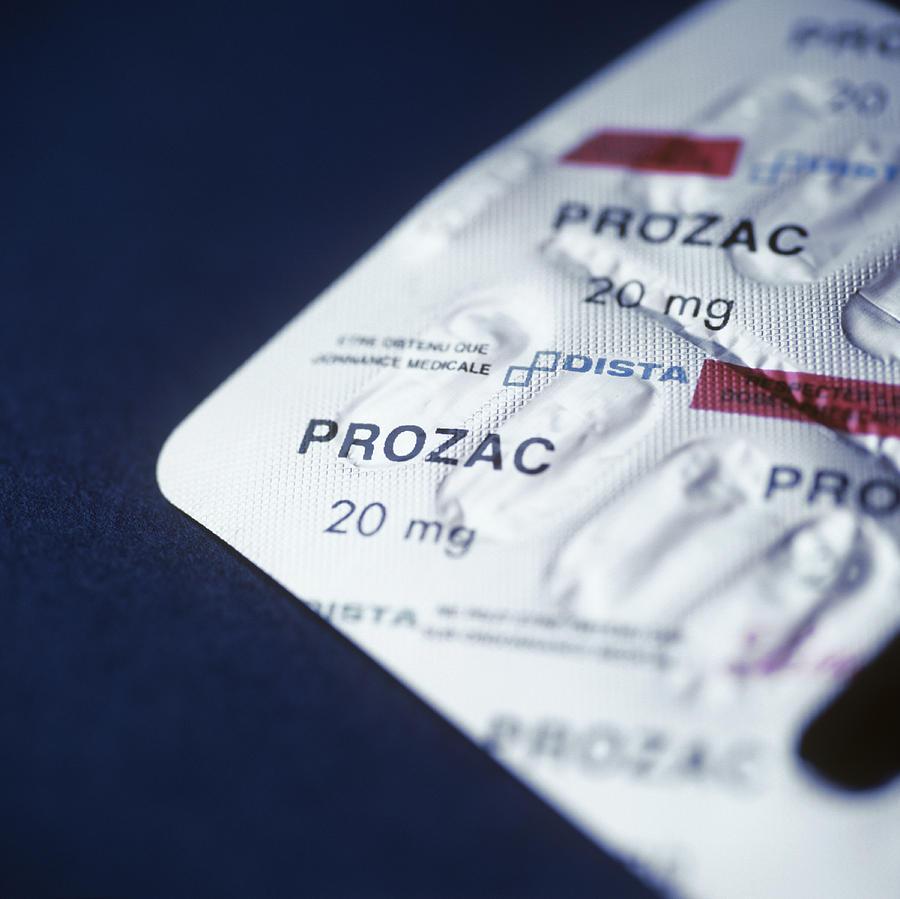 Fluoxetine Hydrochloride Photograph - Prozac by Cristina Pedrazzini