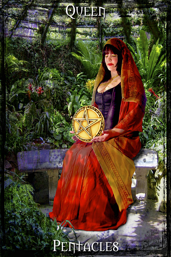 Queen Of Pentacles Digital Art