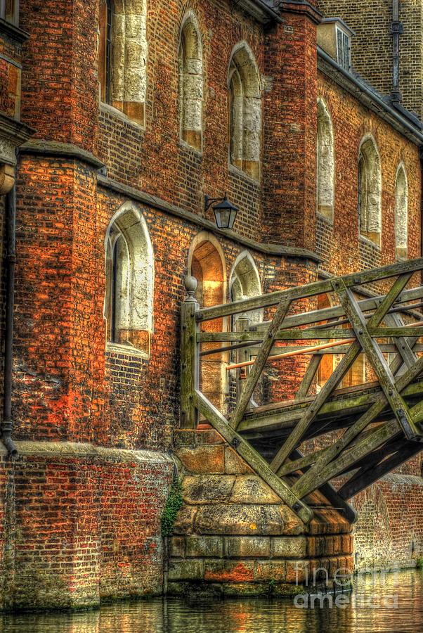 Cambridge Photograph - Queens College And Mathematical Bridge by Yhun Suarez