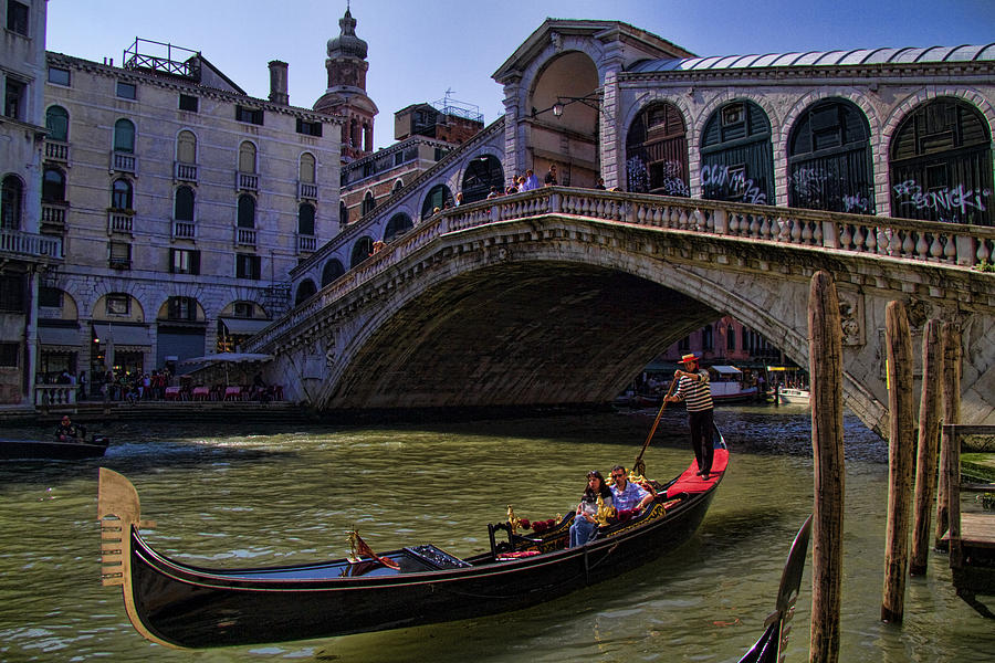 Rialto Bridge In Venice Italy Photograph  - Rialto Bridge In Venice Italy Fine Art Print