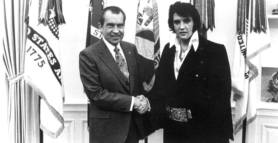 Richard Nixon Meets With Elvis Presely Photograph