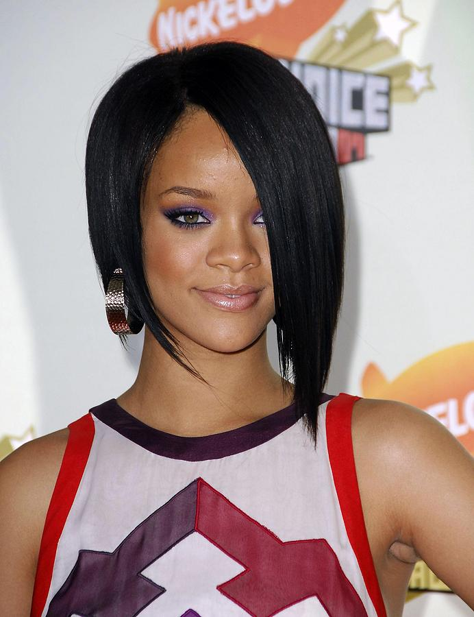 Rihanna At Arrivals For 2007 Photograph  - Rihanna At Arrivals For 2007 Fine Art Print