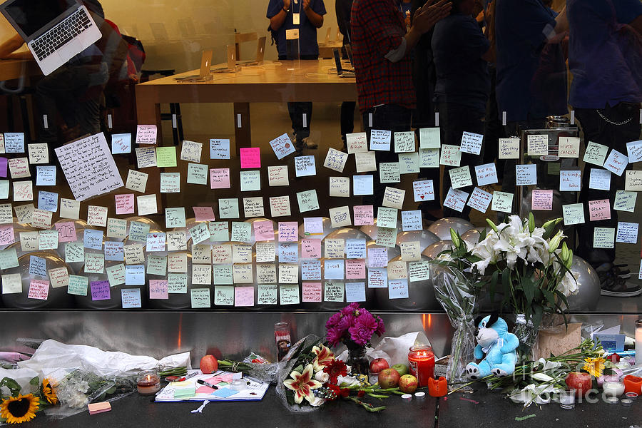 Rip Steve Jobs . October 5 2011 . San Francisco Apple Store Memorial 7dimg8561-1 Photograph  - Rip Steve Jobs . October 5 2011 . San Francisco Apple Store Memorial 7dimg8561-1 Fine Art Print