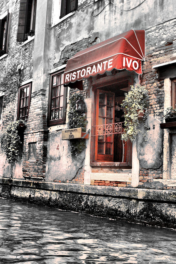 Ristorante On The Canals Photograph  - Ristorante On The Canals Fine Art Print