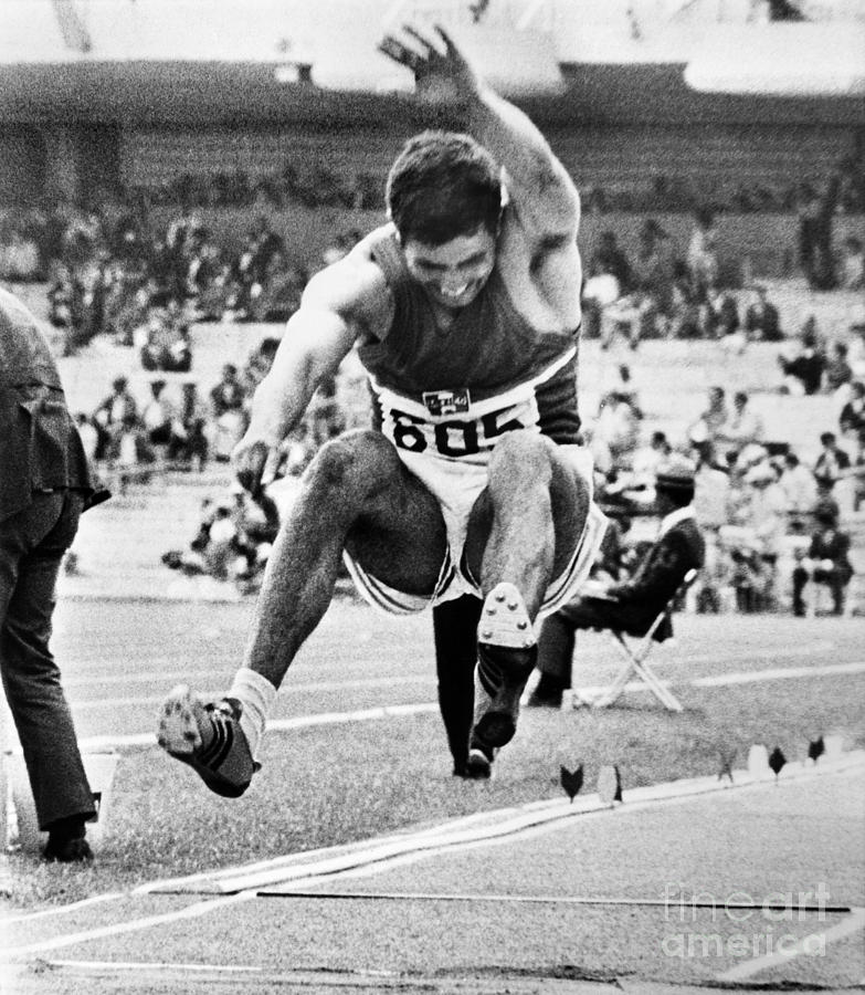 1968 Photograph - Roberto Carmona (1943- ) by Granger
