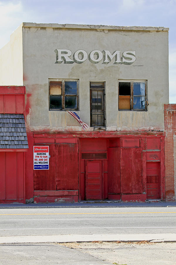 Rooms And A Beer Sign Photograph